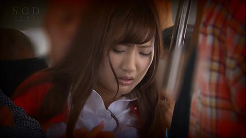 【STAR-858】被学生仰慕的美丽的妻子无胸罩女教师 榎本美咲