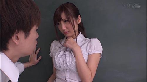 【STAR-895】从日常中看到的瞬间到梦的展开!榎本美咲