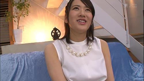 【KMHR-028】结婚2个月前作为男朋友以外的第一次!饭仓芽衣