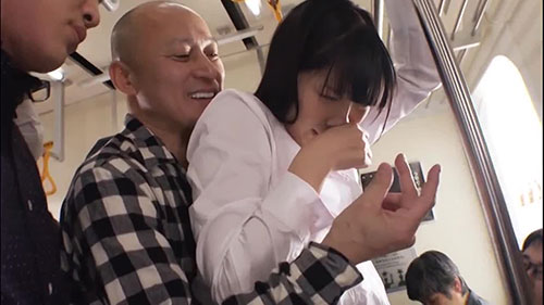 【STAR-900】刚从生产后复归工作的妻子 桐谷茉莉(桐谷まつり)