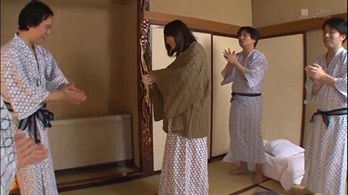 【KMHR-031】结婚1个月前在温泉旅馆 饭仓芽衣