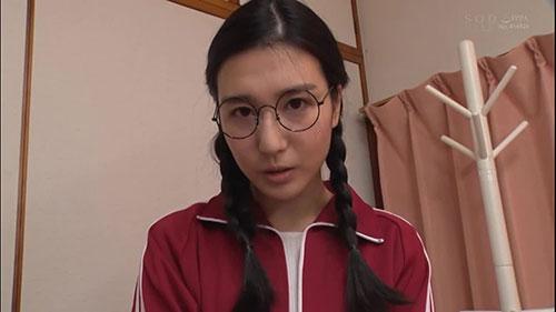 【STAR-909】平时质朴的姐姐 古川伊织(古川いおり)