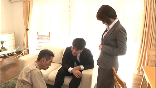 【STAR-932】目不转睛地凝视着她 户田真琴