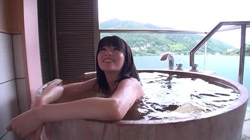 【XRW-571】24小时包租温泉旅行 一二三铃