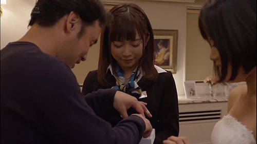 【STAR-964】婚礼正在进行中 纱仓真奈(纱仓まな)