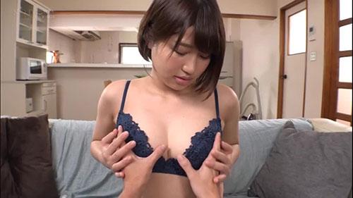 【STARS-044】显出诱惑来的妹妹的朋友 唯井真寻(唯井まひろ)