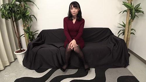 【XRW-706】丝袜美腿03 富田优衣