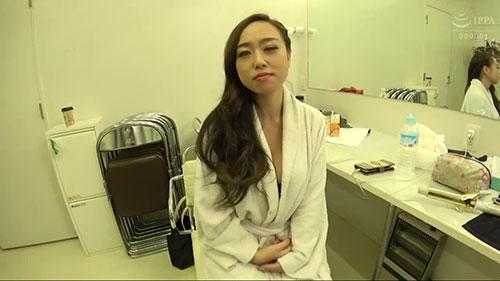 【DTT-036】住在冲绳县的潜水教练 二井见玲香